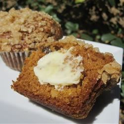 Pumpkin Muffins with Steusel Topping
