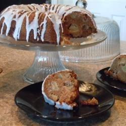 Nancy Anne's Apple Cake