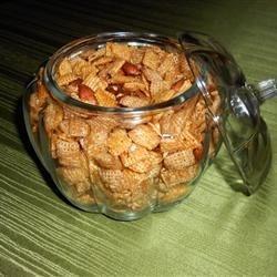 Caramel Snack Mix