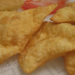 Wonton Wrappers Recipe - For those of us who like to make EVERYTHING ourselves -- an original wonton wrapper recipe. Use the wonton wrappers to form tasty little dumplings stuffed with your favorite fillings.