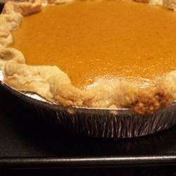 Creamy Pumpkin Pie Recipe - This is my grandmother's pie recipe and is excellent if you want to use fresh pumpkin.