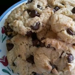 Yummiest Chocolate Chip Cookies Ever!