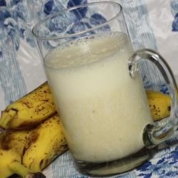 Milk Banana Smoothie Recipe - Milk, bananas, and a pinch of sweetener are all you need for this creamy, smooth drink.