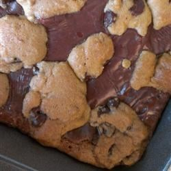 Dad's Chewy Fudgy Chocolate Chip Cookie Brownies