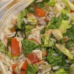 Romaine Rice Tuna Salad Recipe - This is a yummy salad my roommate from Croatia made all of the time. It's perfect for lunch. You just want to keep eating and eating! Make right before serving, doesn't refrigerate well.
