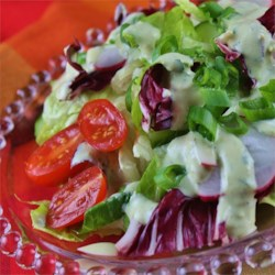 Avocado Ranch Salad Dressing Recipe - This recipe goes very well as a vegetable dipping sauce!