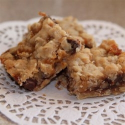 Oatmeal Carmelitas Recipe - Chewy gooey caramel, nuts and chocolate. We call them Goober Cookies. They taste great the next day if you get them to last that long.