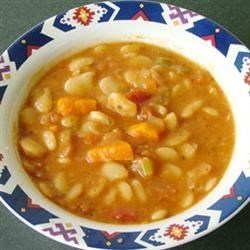 Luscious Lima Bean Soup Recipe - This wonderful vegetable and lima bean soup lives up to its name.  You must allow 1 1/2 hours of simmer time, and the lima beans must be soaked for two hours prior to cooking, but the results are well worth the time.