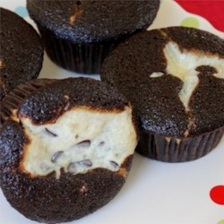Creamy Chocolate Cupcakes Recipe - Mexican vanilla and apple cider vinegar give an extra layer of flavoring to these cupcakes.
