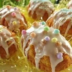 Nectar Kake Recipe - A sweet cake that can easily re-invented by changing the flavors of the ingredients around.  From the recipe file of Bestemor Movig (Grandmother Movick).  Serve with vanilla ice cream or fruit, and mint springs.