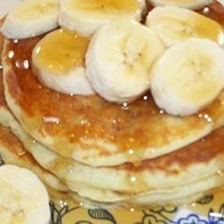 Banana Pancakes the Easy Wayy