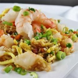Korean Saewoo Bokkeumbap (Shrimp Fried Rice)