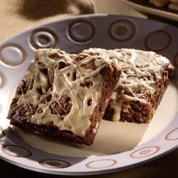 Almond Mocha Cookie Bars Recipe - Folgers(R) Classic Instant Coffee Crystals and plenty of slivered almonds make these chocolaty bars incredible.