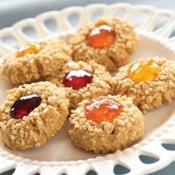 Peanut Butter and Jelly Cookie Bites Recipe - When you have Homemade Cookie Mix on hand, these nutty PB&J cookies are ready to eat in no time!