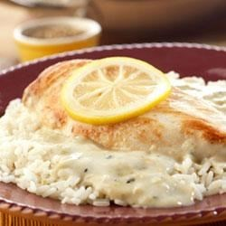 Campbell's(R) Lemon Broccoli Chicken Recipe - In just 20 minutes, you can serve a rich, lemon-y chicken and rice main dish.