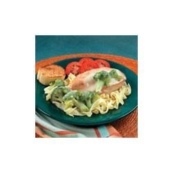 Swanson(R) Chicken Broccoli Dijon Recipe - This flavorful entree features sauteed chicken and colorful broccoli served over egg noodles with a creamy sauce made with Swanson(R) Chicken Stock, Dijon-style mustard, garlic powder and milk.