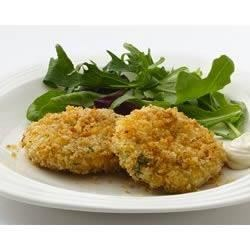 Crab Cakes Chiarello Recipe - These chunky crab cakes with fresh herbs, mustard, lemon and mayo are coated with seasoned panko bread crumbs, and baked until golden brown.