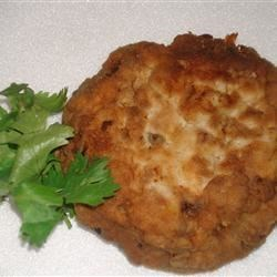 Salmon Patties II Recipe - This is my Dad's recipe that he taught me years ago. Dad is in his 70's now but still cooks just as well as he ever did. Simple but great!