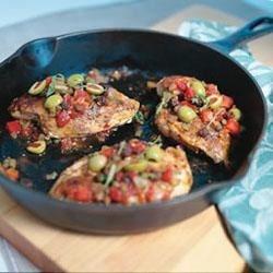 Nuevo Cubano Chicken with Lindsay® Spanish Olive Picadillo Salsa