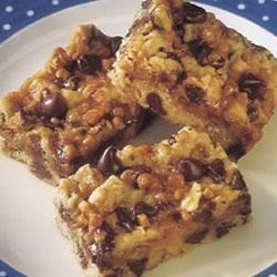 Rich Chocolate Chip Toffee Bars