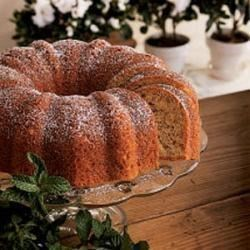Bananas 'N' Cream Bundt Cake