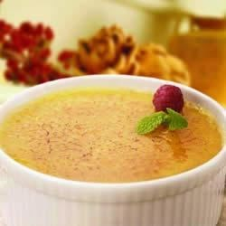 Ghirardelli(R) Classic White Chocolate Creme Brulee Recipe - White chocolate adds a rich new dimension to this classic dessert.