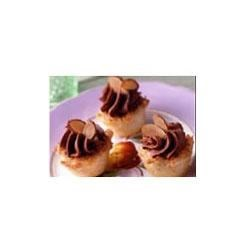 Chocolate Cream Macaroon Tarts