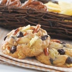 Sweet and Salty Toll House(R) Cookies Recipe - Who doesn't love something that's both salty and sweet? This simple recipe puts a new spin on an old favorite by adding pretzel and potato chip pieces to the classic NESTLE(R) Toll House(R) Chocolate Chip Cookie recipe.