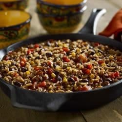 Black Beans and Rice Chili Recipe - Turn Zatarain's Black Beans and Rice Mix into a one-skillet chili meal that the whole gang will love. Corn and red bell pepper add color and texture to this flavorful dish.