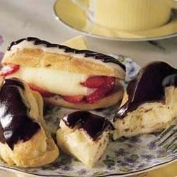 Vanilla Cream-Filled Eclairs