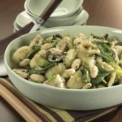BUSH'S® Gnocchi with White Beans and Pesto
