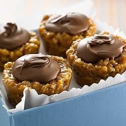 KELLOGG'S* RICE KRISPIES* Peanut Butter Chocolate Chews or Cups