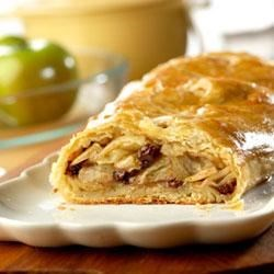 Campbell's Apple Strudel Recipe - Your family will enjoy the homemade taste and old-fashioned goodness of this apple strudel made in half the time of the traditional version because you use Pepperidge Farm(R) Puff Pastry Sheets.