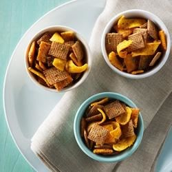 Shreddies Mayan Snack Mix Recipe - Taco seasoning gives zesty, Mexican flavor to this crunchy, cheesy snack mix.