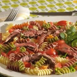 Grilled Steak and Wacky Mac(R) Salad Recipe - A full bodied meal combining steak with Wacky Mac, flavoured with a combination of Worcestershire sauce and Dijon style mustard.