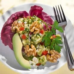Guacamole Walnut Chicken Salad Recipe - This fresh salad with California walnuts makes a delicious lunch or easy dinner.