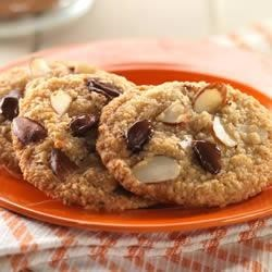 Double Almond Chocolate Chip Cookies (Gluten-free) Recipe - Almond flour, sliced almonds, and dark chocolate chips enhance these delicious nutty cookies, which are sweetened with agave nectar.