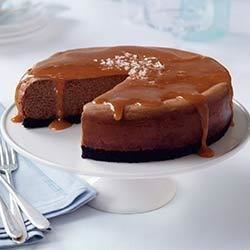 Salted Caramel Chocolate Cheesecake Recipe - Looking for a knock-your-socks-off chocolate dessert? Look no further! Creamy chocolate cheesecake, sweet caramel and a salty finish are guaranteed to please. The best of cheesecake and chocolate, all in one dessert!