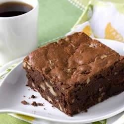 Homemade Chocolate Walnut Brownies Recipe - Walnuts really make the difference with this simple homemade treat. Rich and delicious!
