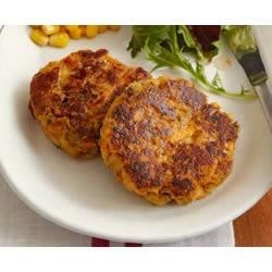 Tuna Fish Cakes Recipe - Thanks to stuffing mix, these simply divine tuna cakes stay crispy golden on the outside and deliciously simple on the inside.