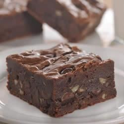 Dark Chocolate Brownies Recipe - NESTLE(R) TOLL HOUSE(R) Dark Chocolate Morsels make these dark brownies super rich.