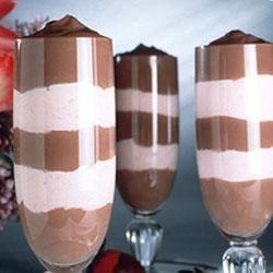Hershey's ® Chocolate-Berry Parfaits