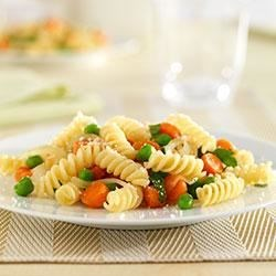 Mini Rotini with Carrots and Peas Recipe - An easy, delicious pasta dinner made with kid-friendly vegetables made even healthier with Barilla White Fiber pasta.