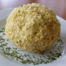 Easy Cheese Ball Recipe - This is super easy and so delicious.