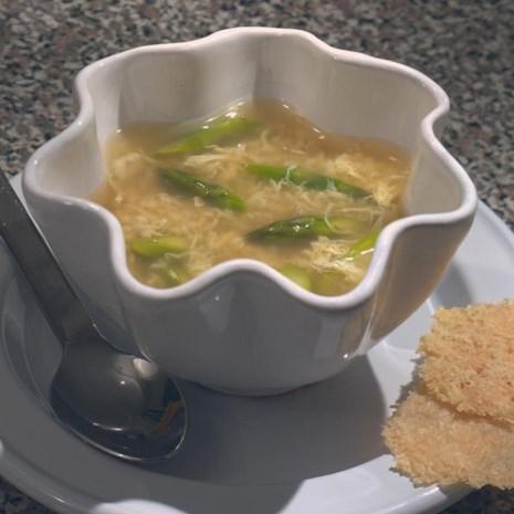 Egg Thread Soup with Asparagus