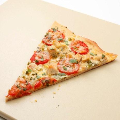 Chicken, Tomato & Jalapeno Pizza