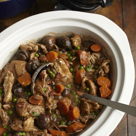 Slow-Cooker Stout & Chicken Stew