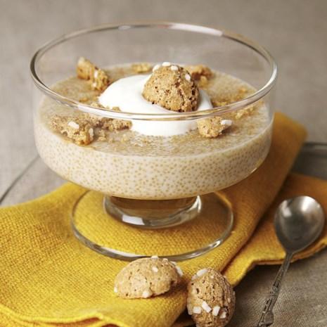 Amaranth Pudding with Amaretto Cream