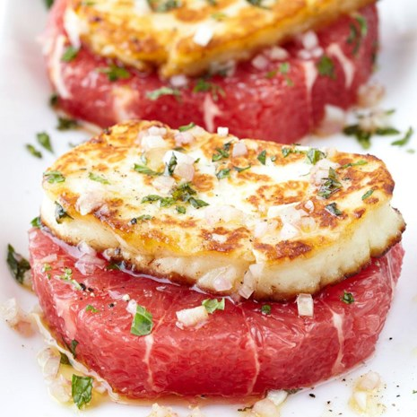 Grapefruit Rounds with Halloumi Cheese