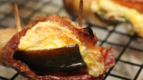 Bluezy's Stuffed Jalapenos with Bacon